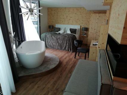 BLOCK Hotel Zirben Deluxe Zimmer