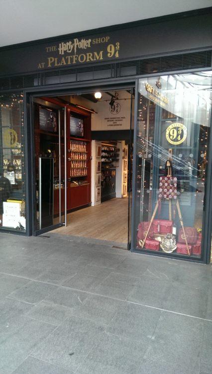 Kings Cross The Harry Potter Shop