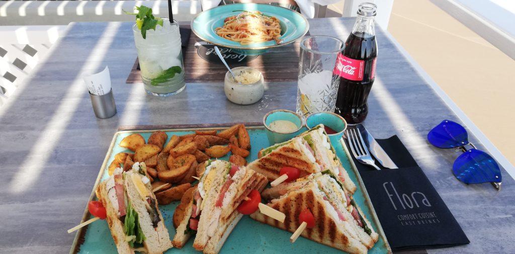 Clubsandwich und Linguine Primavera Flora Comfort Cuisine