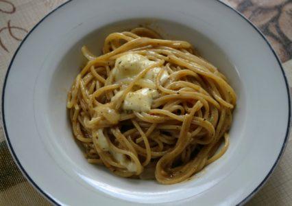 One Pot Pasta mit Mozzarella