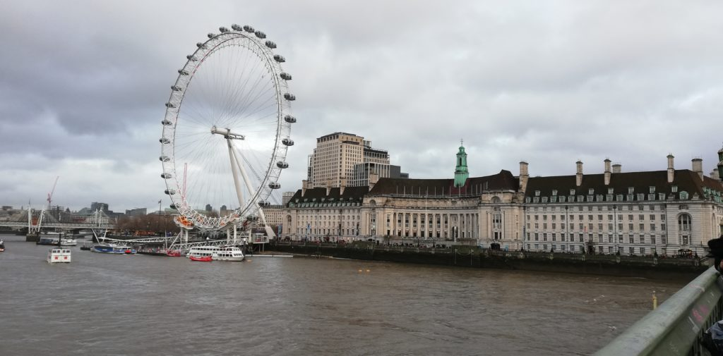 London Eye von der Westminster Bridge