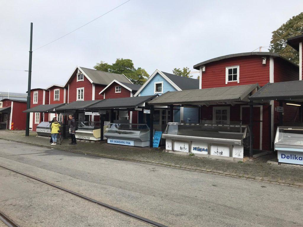 Fiskehoddorna = Fischmarkt