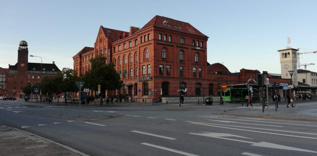 Malmö Centralstation = Hauptbahnhof