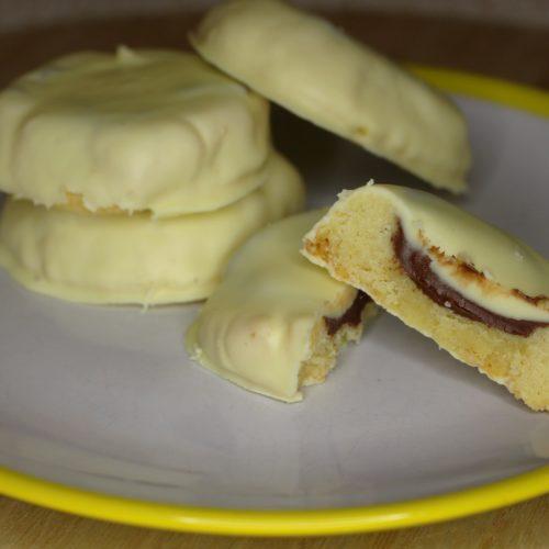 Cookies mit Nutella und weißer Schokolade